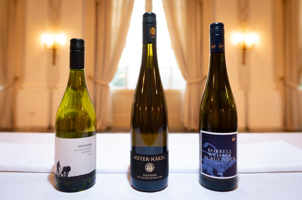 Auswahl an Weine für das Ostermenü To Go im Restaurant Redüttchen.